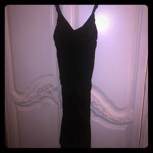 Gorgeous and classic black Nicole Miller dress
